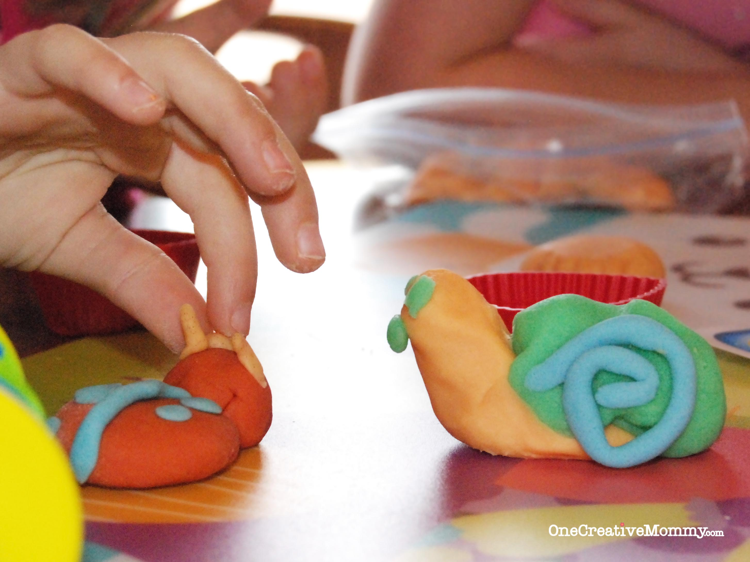 Gluten-Free-Play-Dough-Recipe-Review-and-Tips-Snail