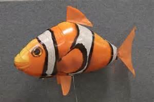 Fish air swimmer